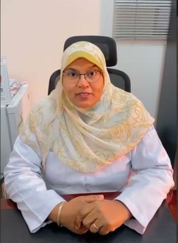 الدكتورة ايمان السيد اخصائية النساء والولادة وعلاج شيخوخة المنطقة النسائية